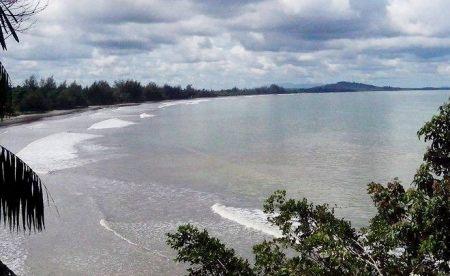 Pantai Sikara-Kara Mandailing Natal (sumber : mandailingonline.com)